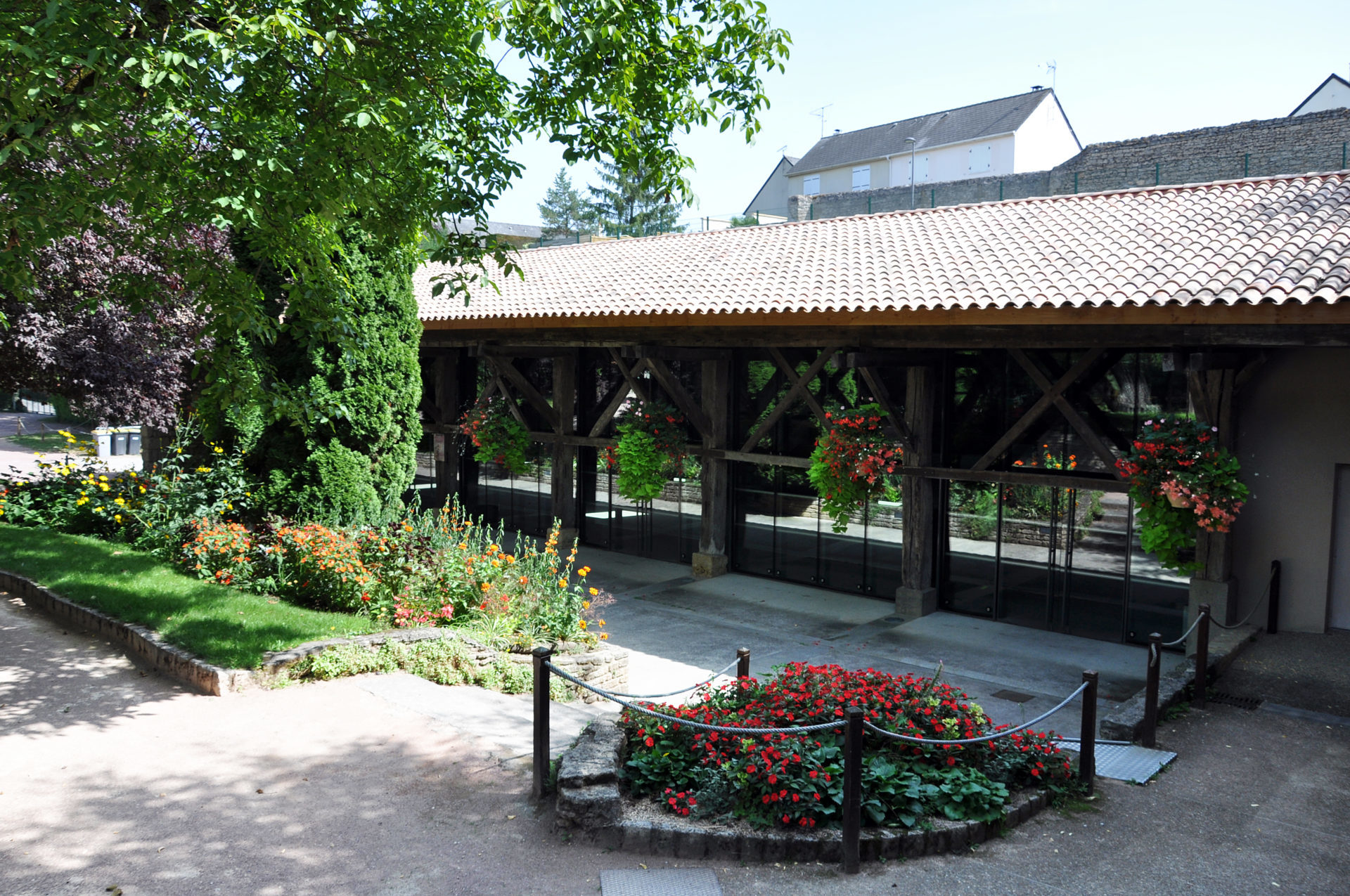 16.41 Cuisine salle des Arènes Doué-La-Fontaine (10)