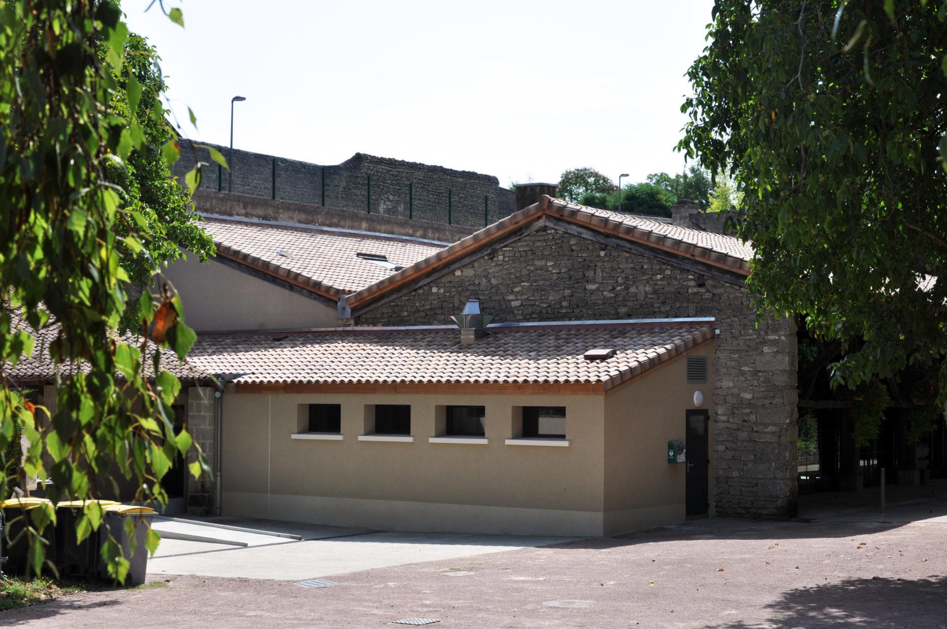 16.41 Cuisine salle des Arènes Doué-La-Fontaine (11)