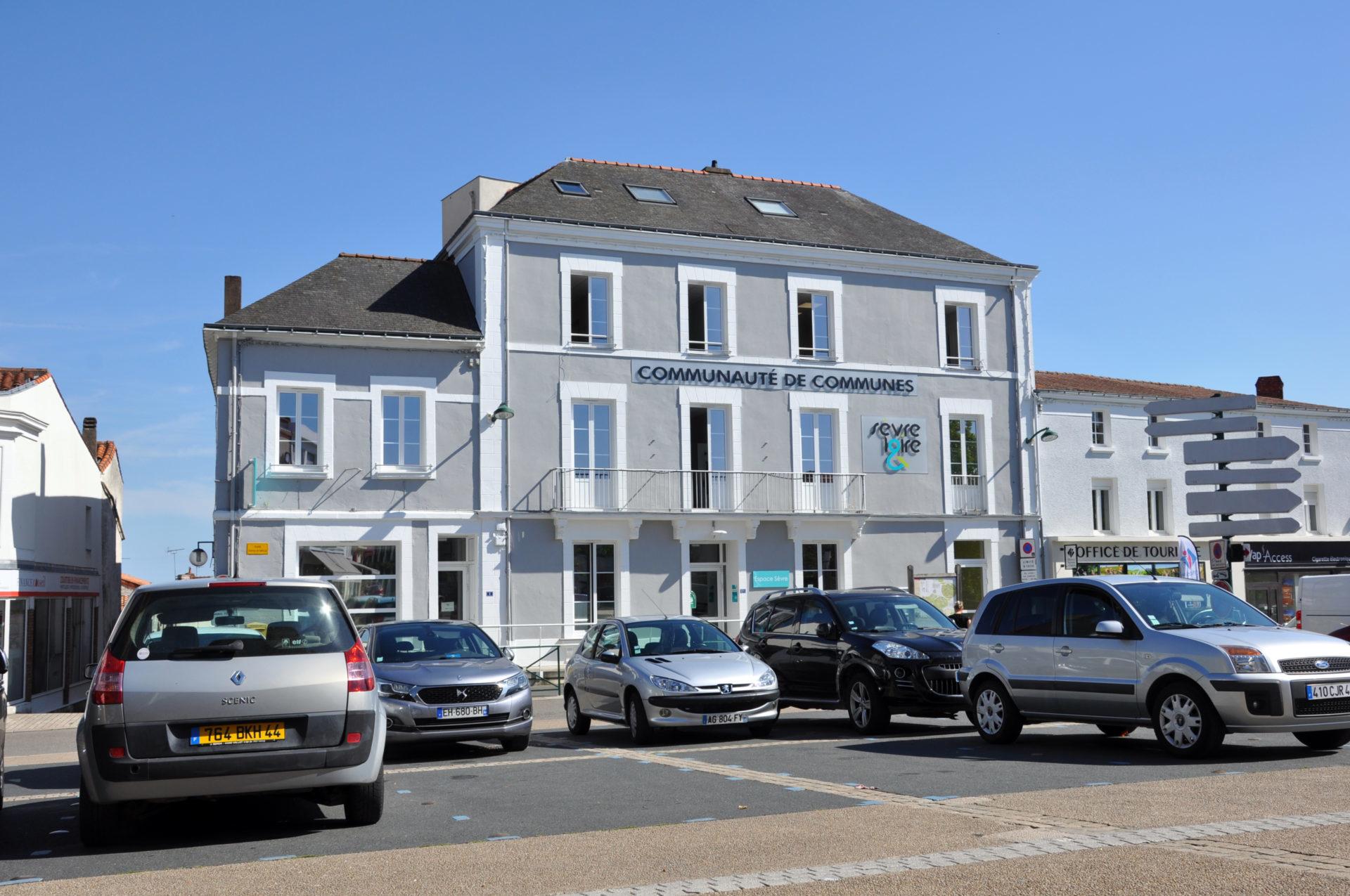 16.24 Bureaux Espace Antoine Guilbaud (1)