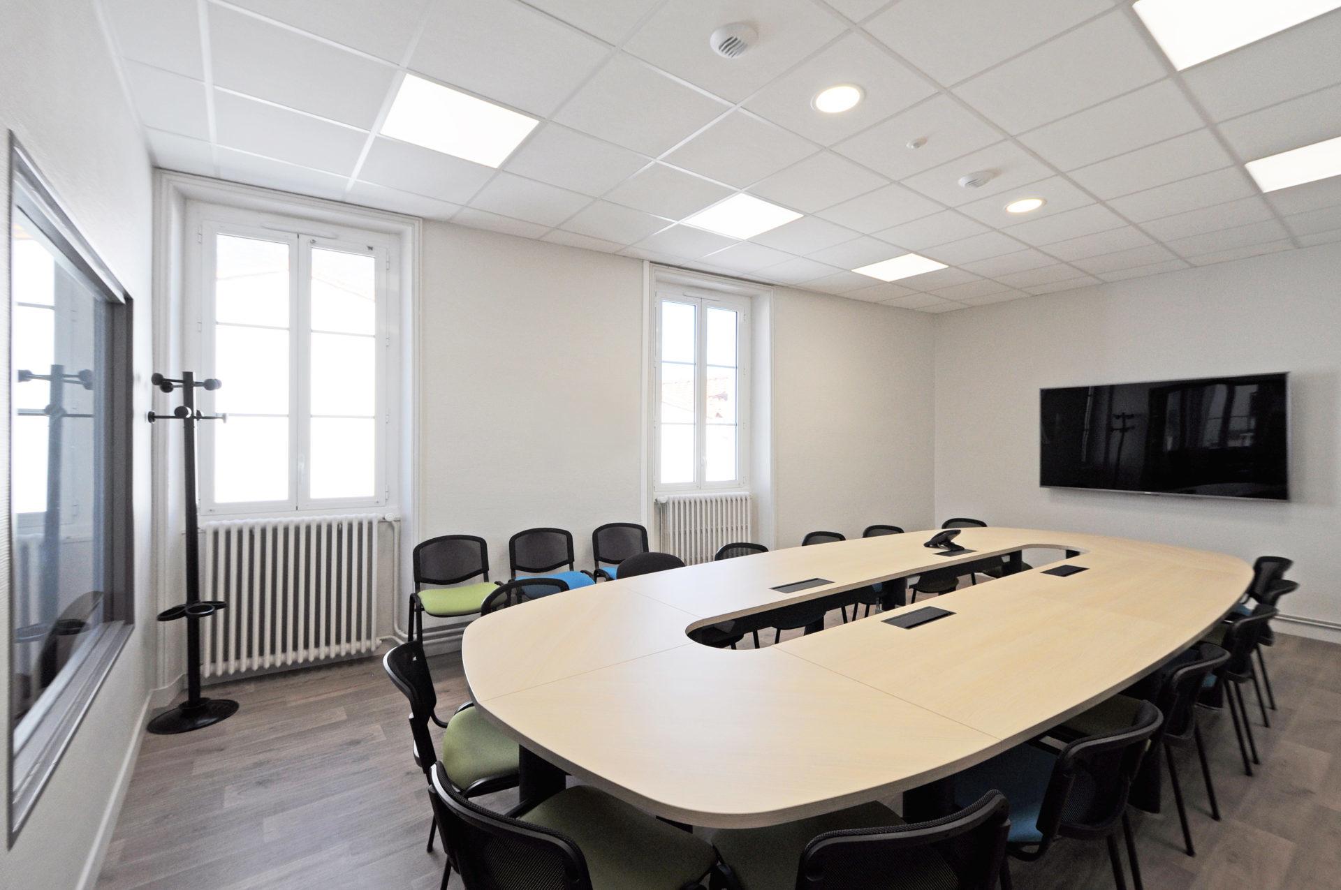 16.24 Bureaux Espace Antoine Guilbaud (8)